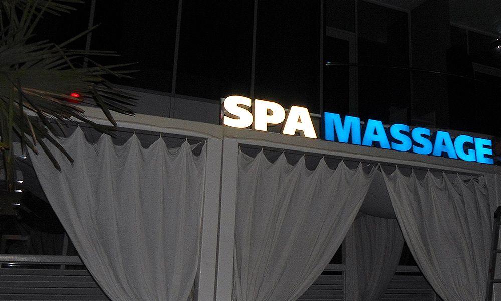 световые объемные буквы в одессе для спа рекламное оформление