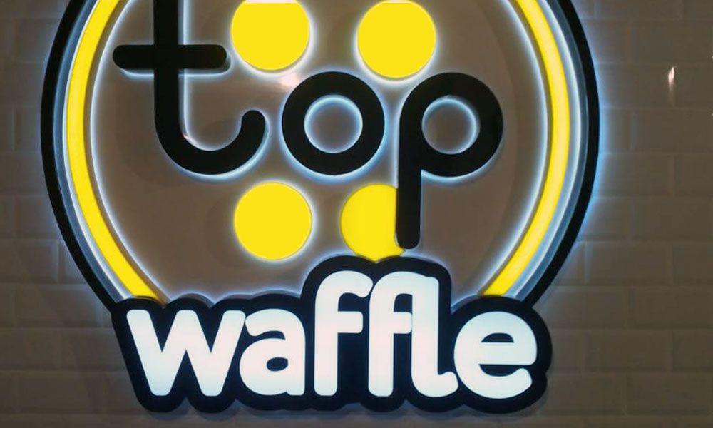 Внутренняя вывеска TopWaffles Киев
