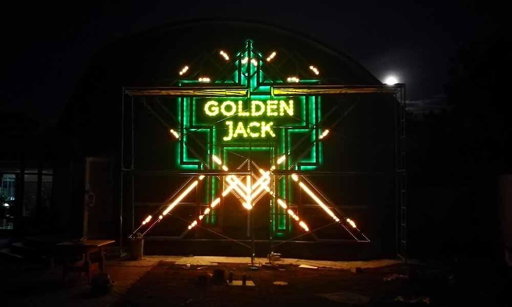 Вывеска казино Golden Jack