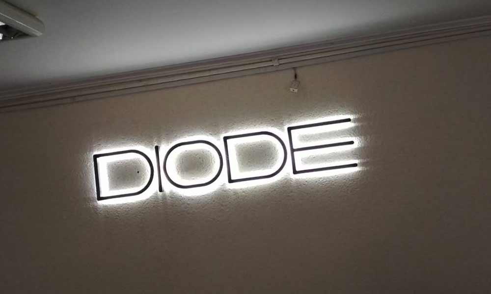 Объемные буквы Diode