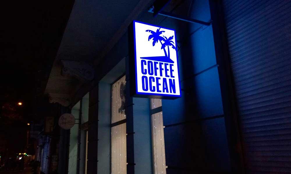 Вывеска с подсветкой для кофейни